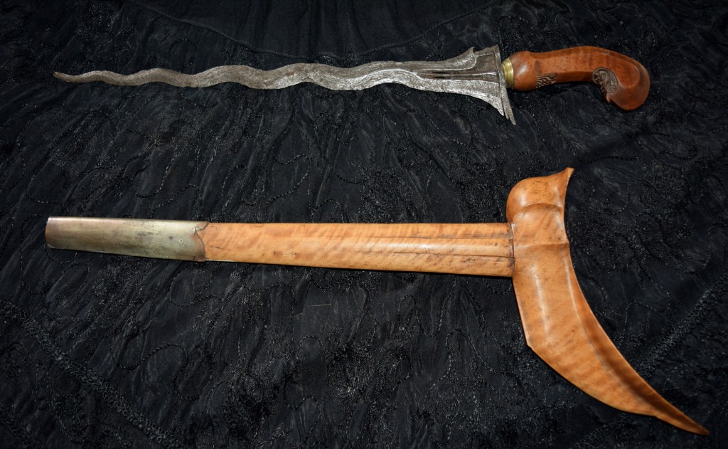 Unusual blade with eleven twists as opposed to the conventional nine
